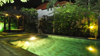 Sanur Holiday Rentals By Owner
